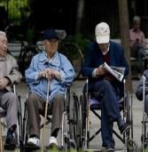 बूढ़ी होती आबादी देख चीन को आई अक्ल