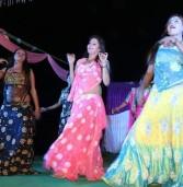 """""""अगले जनम मुझे वेश्या न कीन्हो""""- पाप मुक्ति के लिए सप्तमी पर मणिकर्णिका महाश्मशान पर नृत्य करती हैं वेश्याएं"""