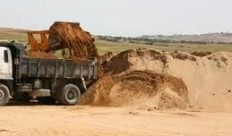 मप्र: नर्मदा में खनन पर रोक का निर्णय-लाखों के समक्ष रोटी का संकट
