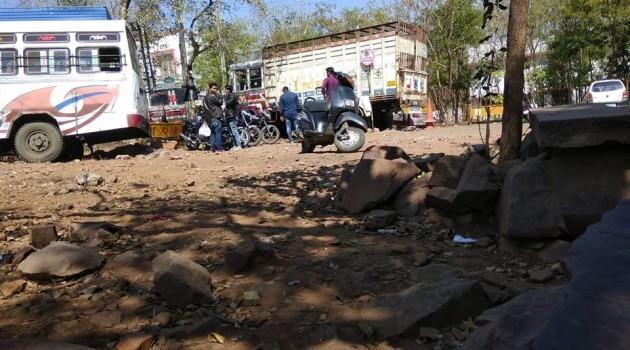 भोपाल पुलिस: दो-पहिया वाहन उठाना है लाभ का धंधा,शासन को लग रहा चूना