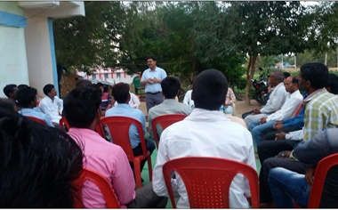बुंदेलखंड के युवाओं की मुहिम : नोट बांटने वालों को वोट नहीं