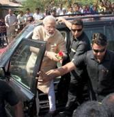 आईएएस अधिकारी मोहम्मद मोहसीन को नरेंद्र मोदी के काफिले की तलाशी लेने पर सस्पेंड किया