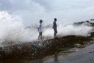फिलीपींस : चक्रवाती तूफान से पहले 5000 लोगों खाली कराया गया